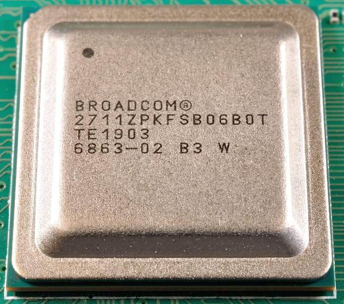 BCM2711_Pi4_chip_700.jpg